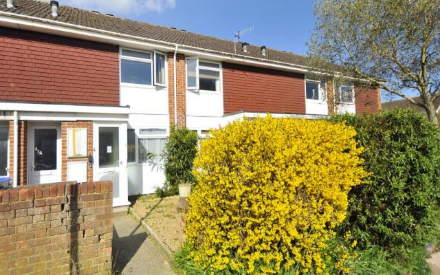 Thumbnail Flat to rent in Montreal Way, Worthing