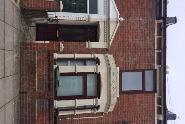 Thumbnail Property to rent in Hollam Road, Southsea