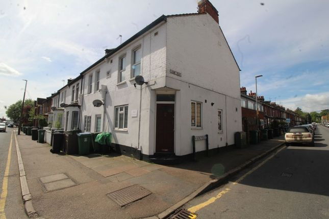 1 bed flat to rent in Leavesden Road, Watford