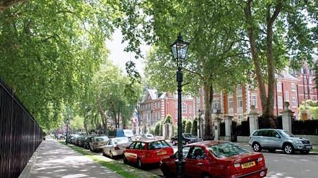 Thumbnail Detached house for sale in Palace Green, Kensington