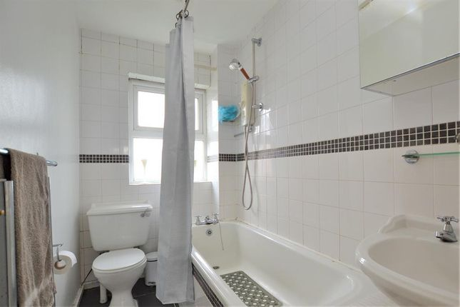 Bathroom of Kempton Grove, Cheltenham GL51
