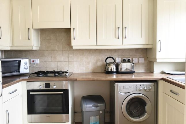 Thumbnail Flat to rent in Stockport Road, Grove Village, Manchester