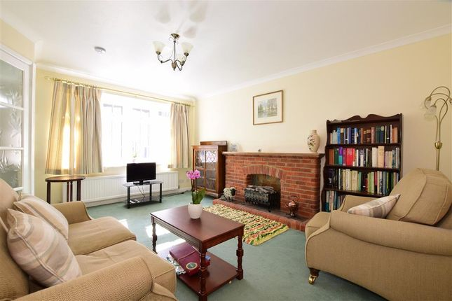 Thumbnail End terrace house for sale in Sheep Street, Petersfield, Hampshire