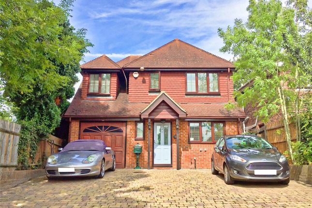 Thumbnail Country house for sale in Constitution Hill, Snodland, Kent