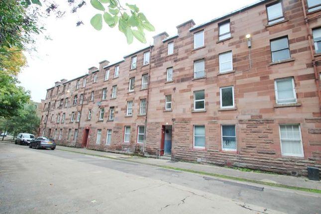 Thumbnail Flat for sale in 33, Robert Street, Port Glasgow PA145Rh