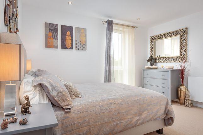 1 bedroom flat for sale in Garfield Road, Addlestone