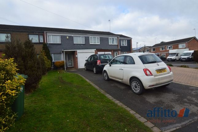 Thumbnail Detached house to rent in Frobisher Road, Rugby