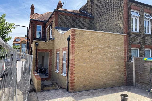 Thumbnail Office to let in Chingford Road, Walthamstow, London