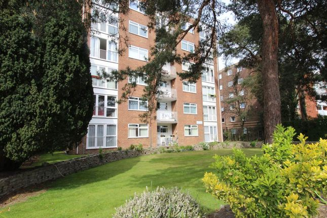2 bed flat to rent in Poole Road, Branksome, Poole BH12