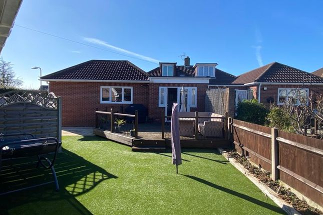 4 bed semi-detached house to rent in Lyndale Road, Park Gate, Southampton SO31