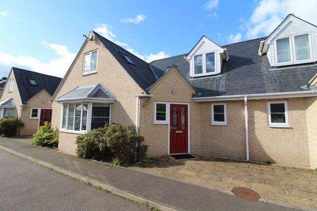 Semi-detached house to rent in Mortlock Avenue, Cambridge