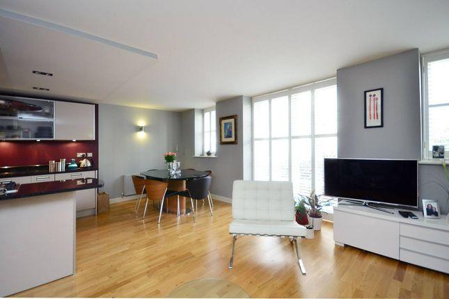 Thumbnail Maisonette to rent in Hertford Road, De Beauvoir Town