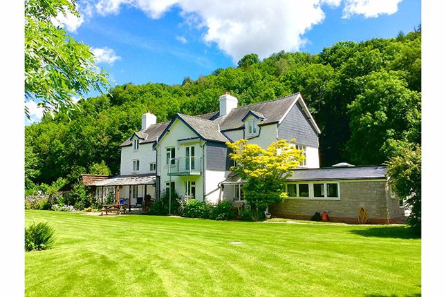 Thumbnail Country house for sale in Aberedw, Builth Wells