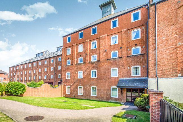 Thumbnail Flat for sale in Swonnells Walk, Lowestoft