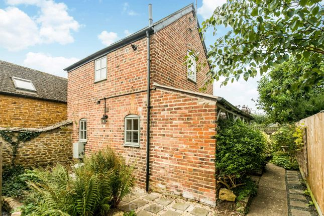 1 bed detached house to rent in The Stile, Deddington, Banbury OX15