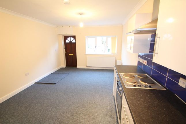 Thumbnail Detached house to rent in Clarence Street, Newcastle-Under-Lyme