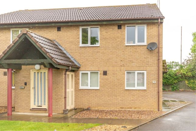 Thumbnail Flat to rent in Lindsey Court, Deeping St. James, Peterborough