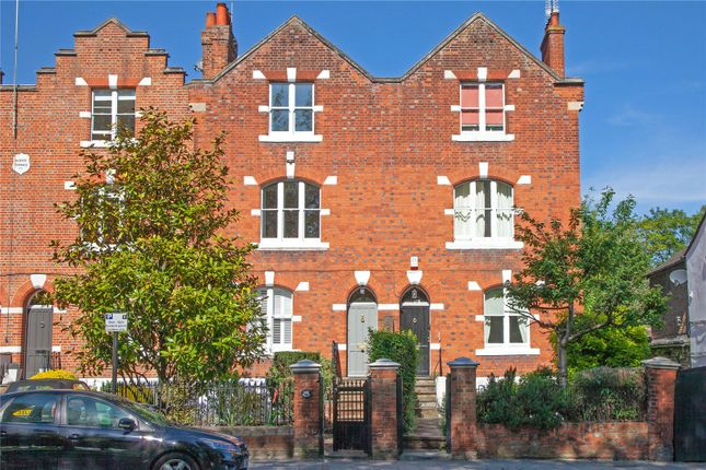Thumbnail Terraced house for sale in Kings Road, Windsor, Berkshire