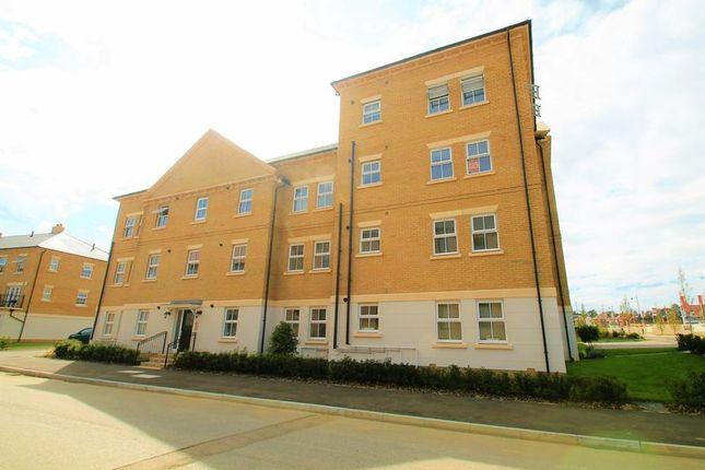 Thumbnail Flat to rent in Talbot Lane, Swanscombe