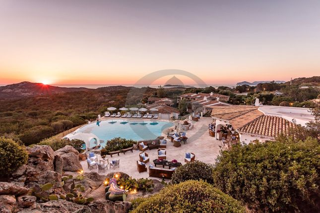 Thumbnail Villa for sale in Abbiadori, Arzachena, Olbia-Tempio, Sardinia, Italy