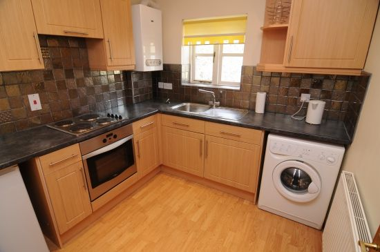 Thumbnail Flat to rent in Main Street, Barwick In Elmet, Leeds