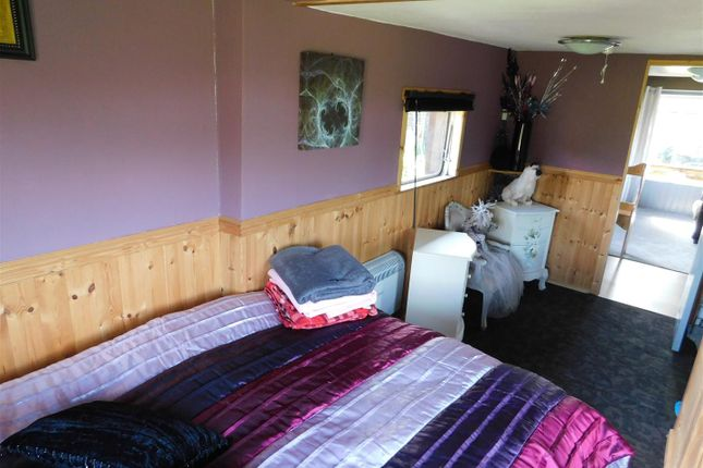 Bedroom - Cont of Hill Farm, Northwood Lane, Bewdley DY12