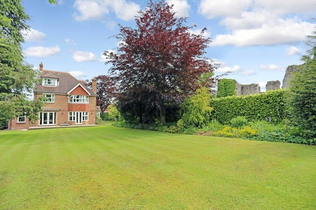 Thumbnail Detached house for sale in Station Road, Bishops Waltham, Southampton