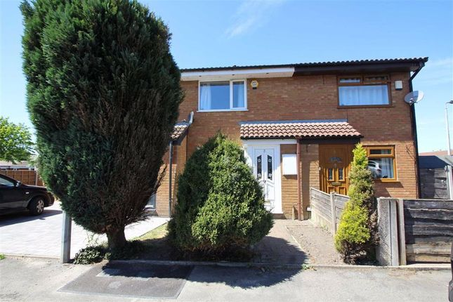Thumbnail Mews house to rent in Cornfield Close, Bury, Greater Manchester
