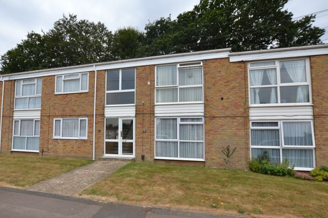 Thumbnail Flat to rent in Sedley Close, Gillingham