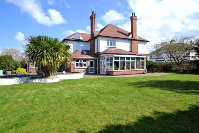 Thumbnail Detached house for sale in Signhills Avenue, Cleethorpes