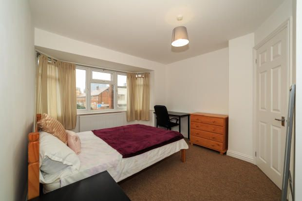 Thumbnail Shared accommodation to rent in Grosvenor Street, Southsea