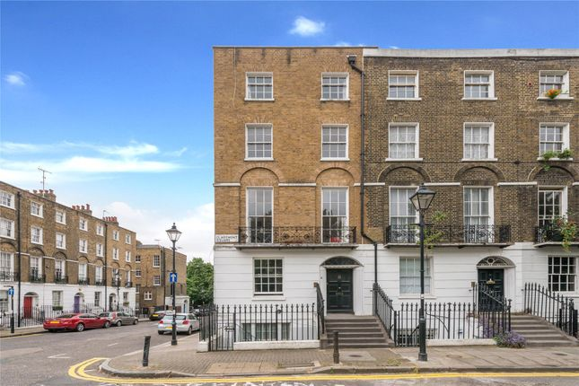 Flat for sale in Claremont Square, Angel, London