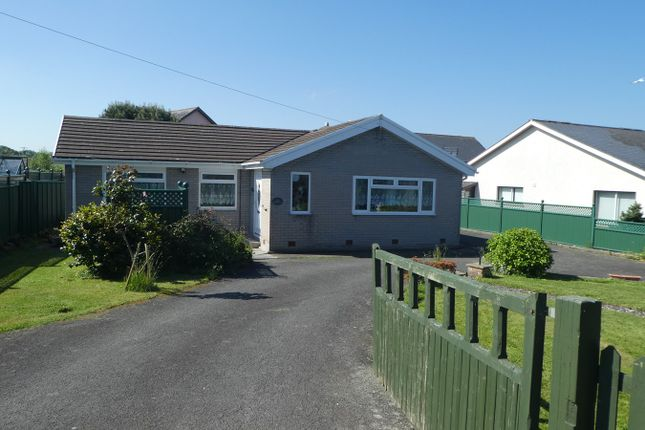 Thumbnail Bungalow for sale in Henfynyw, Aberaeron