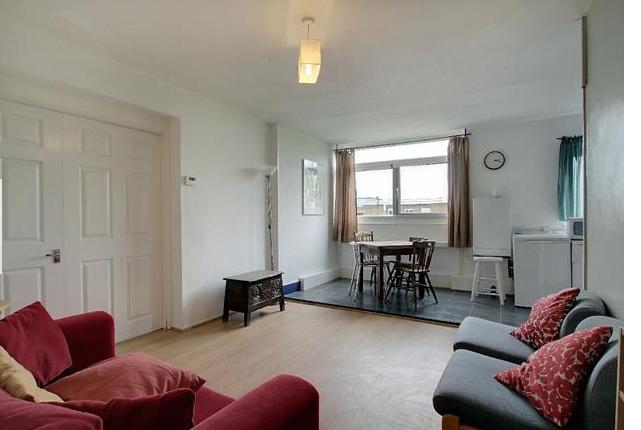Thumbnail Flat to rent in Barrett House, Victoria Road, London