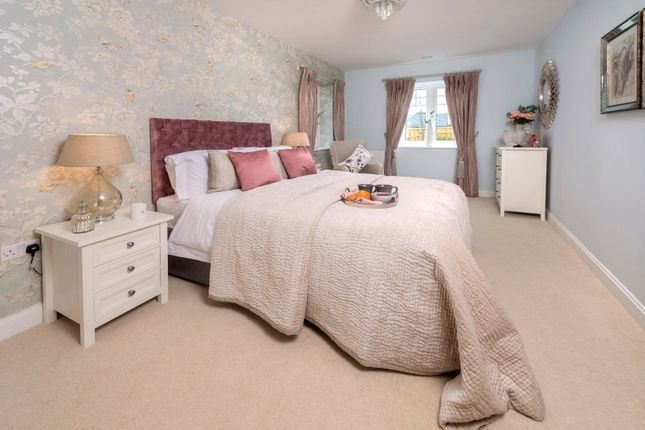 Bedroom of Clive Road, Redditch, Worcestershire B97