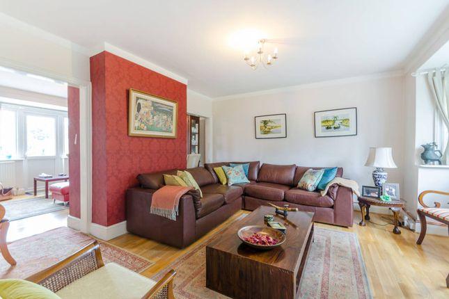 Thumbnail Detached house for sale in Kings Avenue, Carshalton Beeches, Carshalton