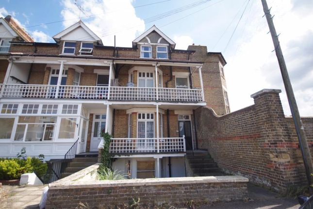 Thumbnail Flat to rent in Cuthbert Road, Westgate-On-Sea