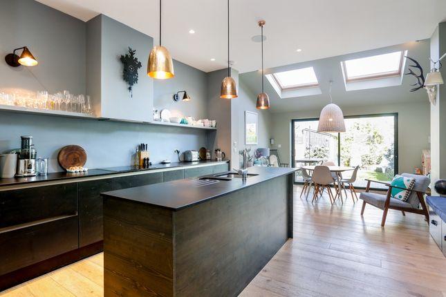 Thumbnail Terraced house to rent in Aldren Road, London