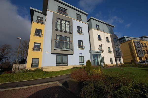 Thumbnail Flat to rent in Barnton Grove, Barnton, Edinburgh