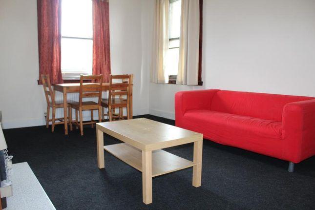 Thumbnail Flat to rent in John Street, Penicuik, Midlothian