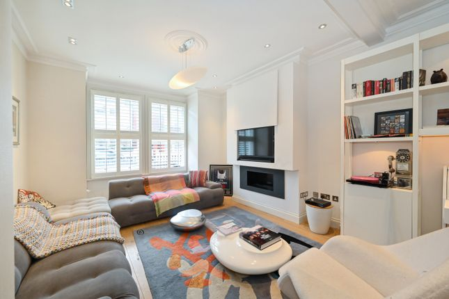 Thumbnail Terraced house for sale in Munster Road, Fulham