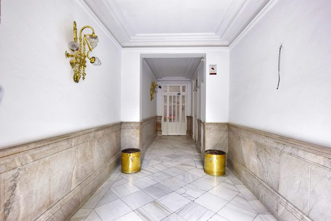 Thumbnail Apartment for sale in Paseo De Recoletos, Madrid (City), Madrid, Spain