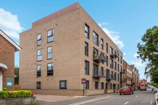 Thumbnail Flat for sale in Aston House, 62-68 Oak End Way, Gerrards Cross