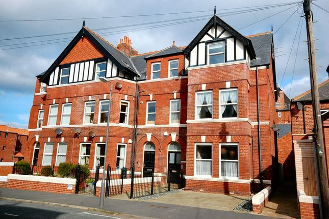 2 bed maisonette for sale in Ladysmith Avenue, Whitby