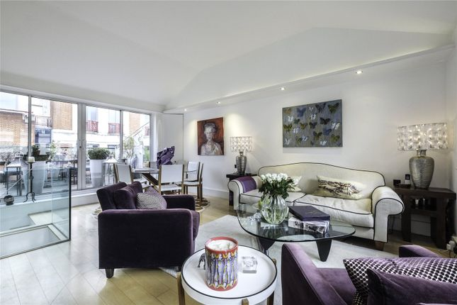Thumbnail Flat for sale in Admirals Court, 30 Horselydown Lane, London