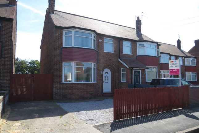Thumbnail Semi-detached house for sale in Lulworth Avenue, Hull