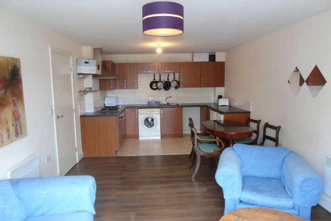 Thumbnail Flat to rent in North Side, Gateshead