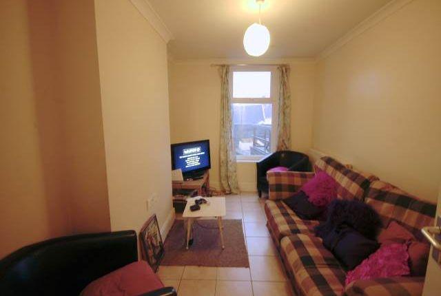 Lounge of Penbryn Terrace, Brynmill, Swansea SA2