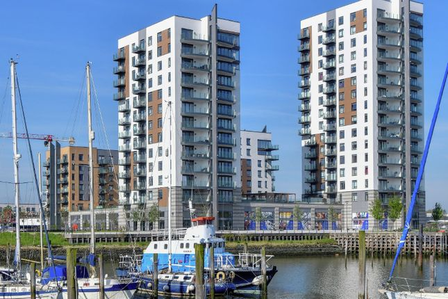 Thumbnail Commercial property to let in Victory Pier, Gillingham, Kent