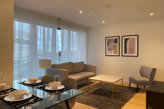 2 bed flat for sale in Lincoln Apartments, Fountain Park Way, London W12